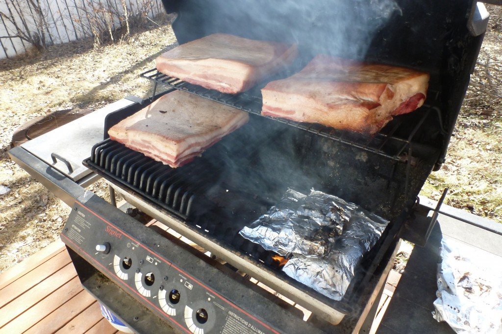 Smoking bacon on the barbecue
