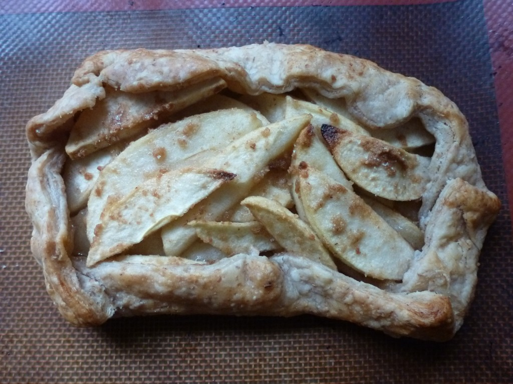 A free-form apple pie