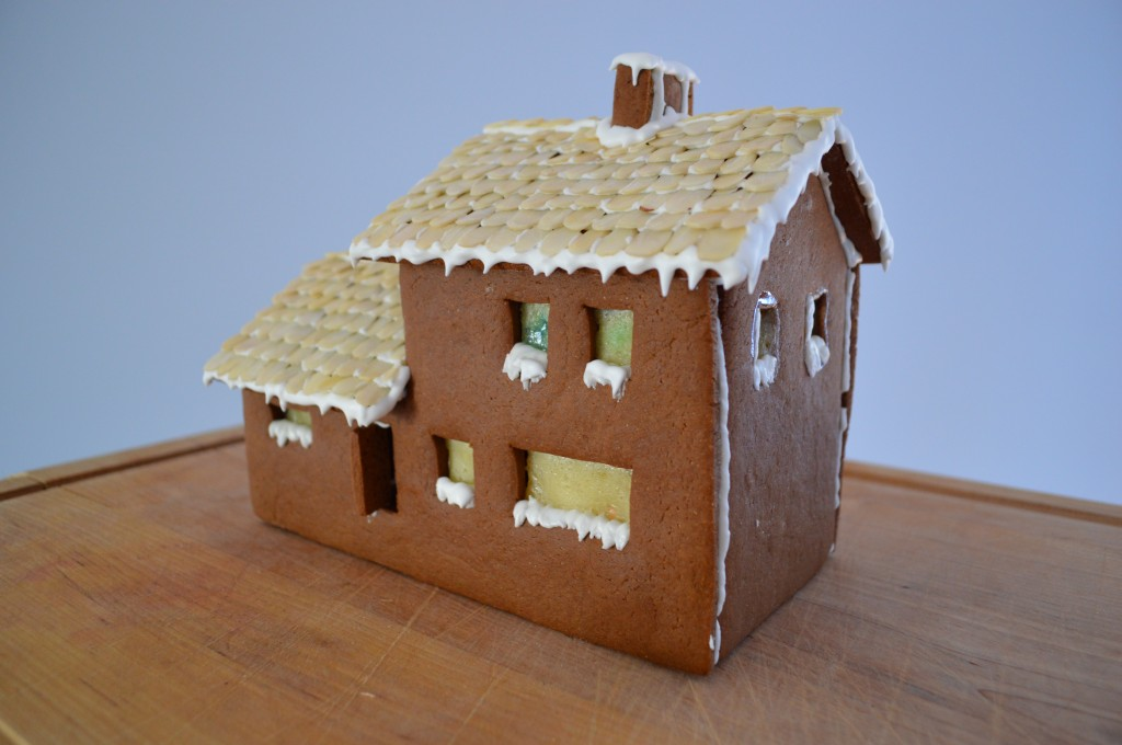 A gingerbread hosue