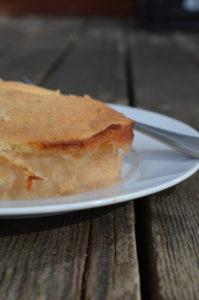 Apple johnny: cake baked in apple sauce.